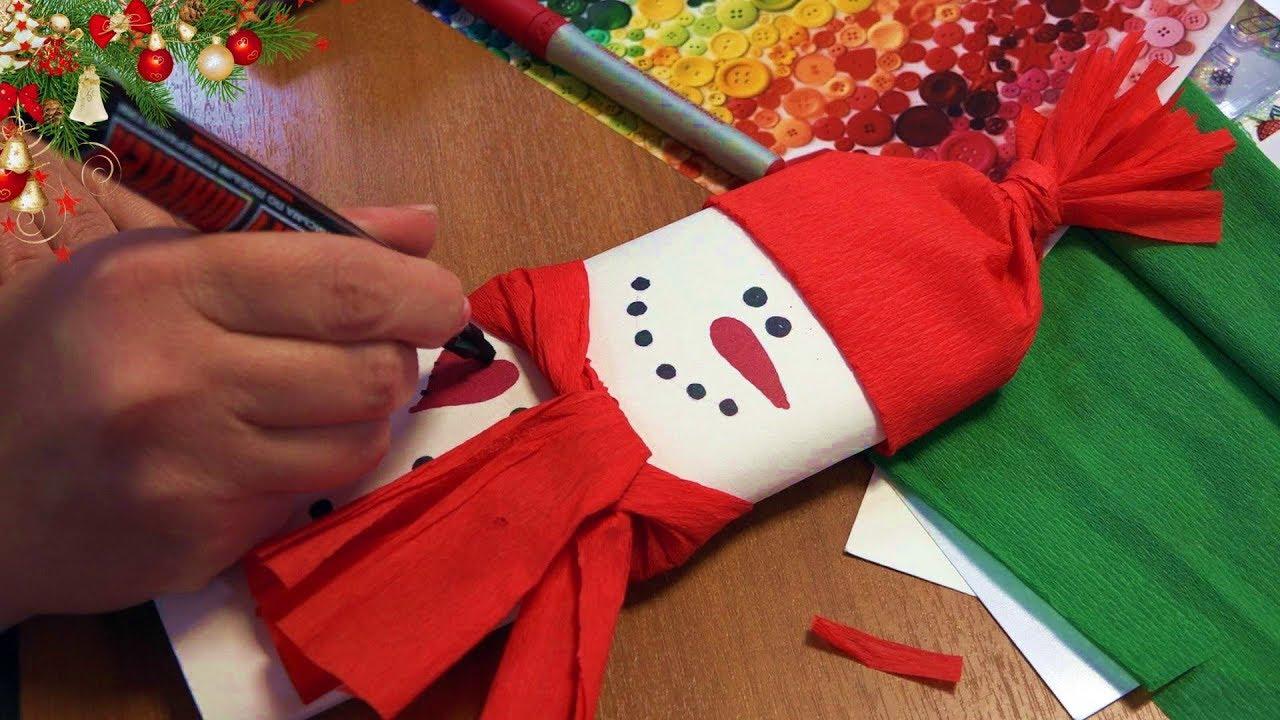 Новогодние открытки Снеговики и ёлочки с шоколадкой.